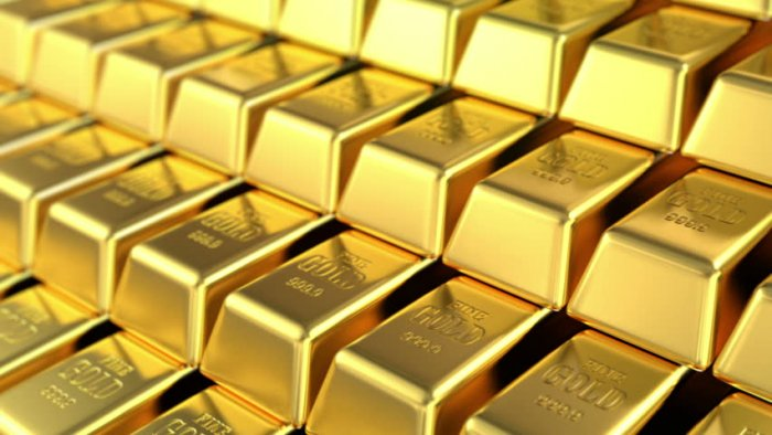 Gold Down Ahead of Central Bank Policy Decisions in Japan, U.S.